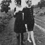 Прогулка с подругой Твигги