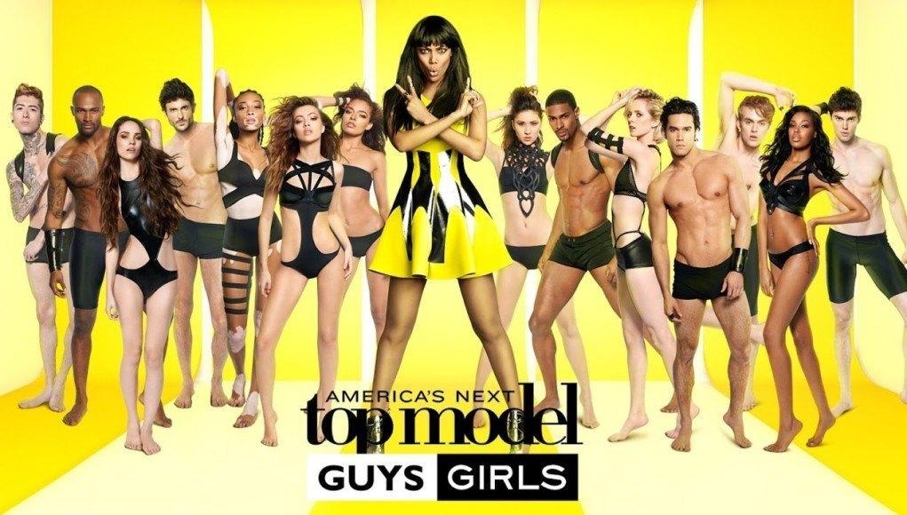 посмотреть американское шоу с голыми девушками