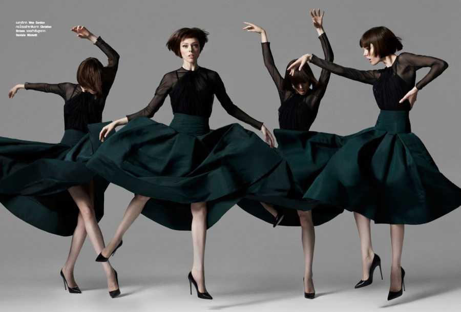 Коко Роша позирует на фотосессии для журнала Harpers Bazaar