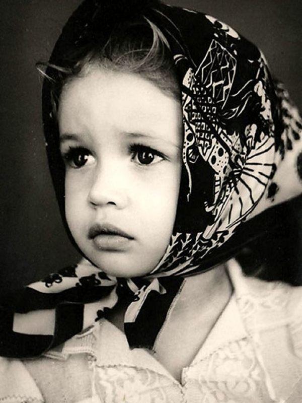 Ольга Куриленко в детстве