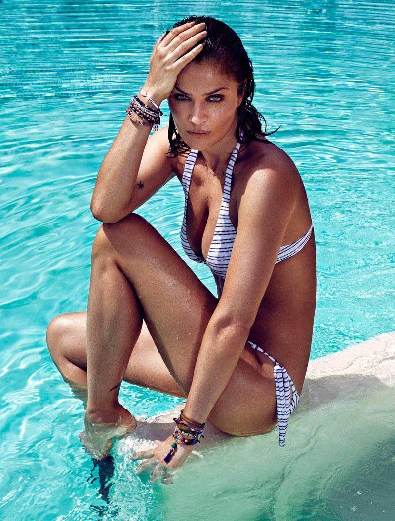 Хелена Кристенсен на страницах Elle