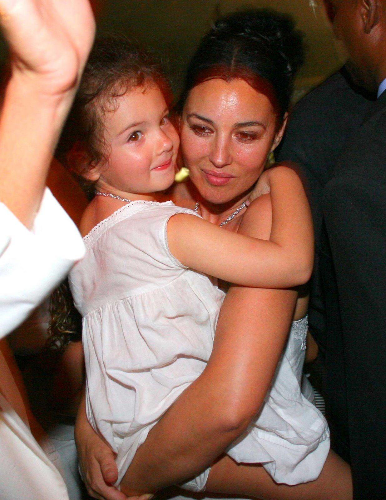 Моника Белуччи и дочка
