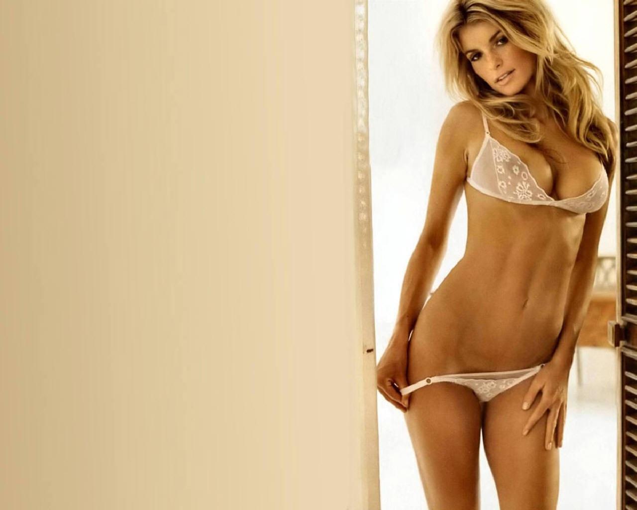 Фото девушек голый полностью, Молодые голые девушки - смотреть фото красивых 6 фотография