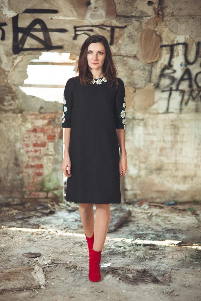 стильное платье-мешок на Новый год