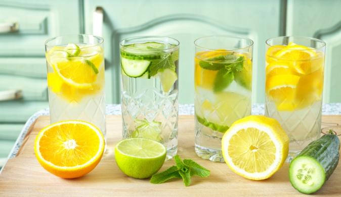 чем полезна вода с лимоном