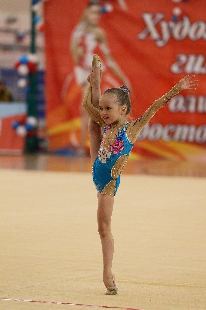 Кристина Пименова гимнастка