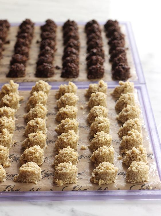 Шоколадные макаруны